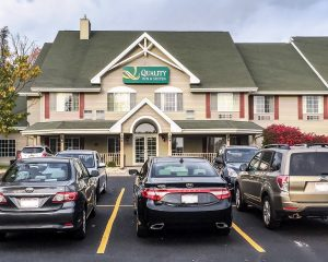 quality_inn_and_suites_eastTroy_wi